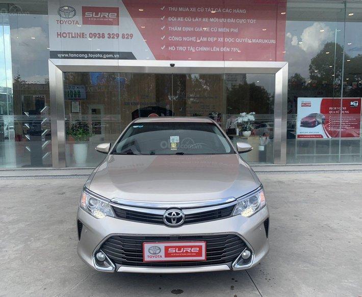 Xe cá nhân Toyota Camry 2.5Q 2015 - Màu nâu vàng - đi 55.000km0