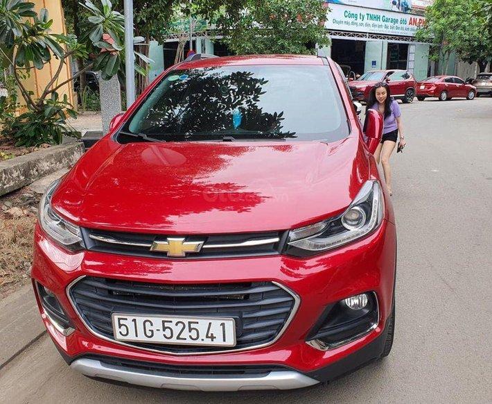 Cần bán gấp Chevrolet Trax 2016, màu đỏ, xe nhập, giá tốt0