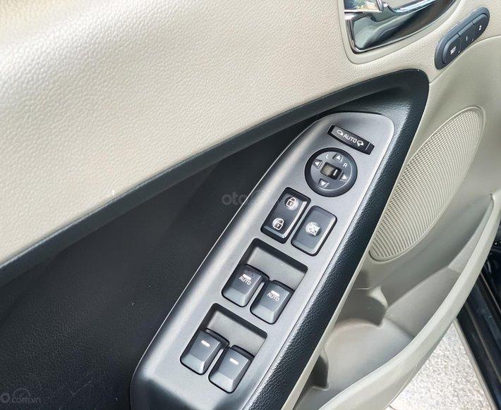 Bán xe Kia K3 2.0AT sản xuất năm 2015 full kịch nóc6