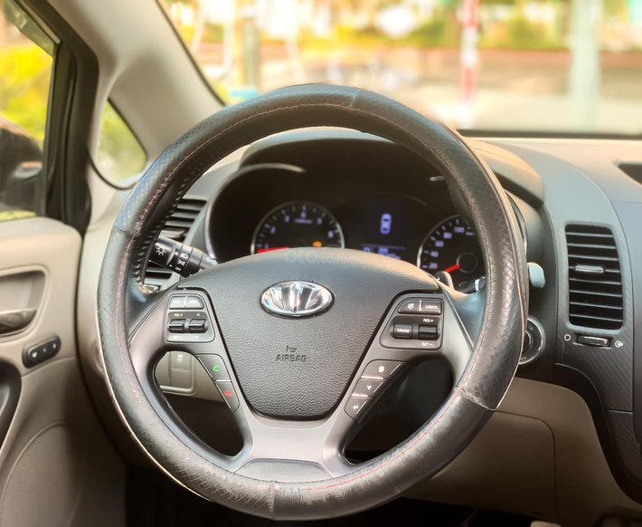 Bán xe Kia K3 2.0AT sản xuất năm 2015 full kịch nóc10