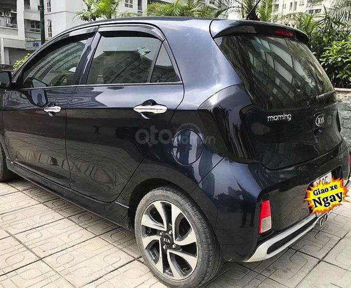 Bán xe Kia Morning S AT năm sản xuất 2018, màu xanh lam, giá chỉ 366 triệu2