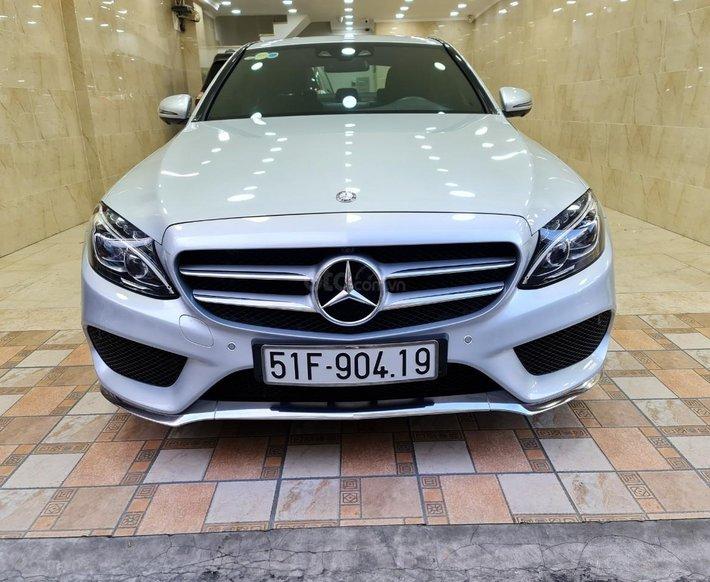 Mercedes Benz C300, mới nhất hành tinh, khẳng định đời này mới không đối thủ7