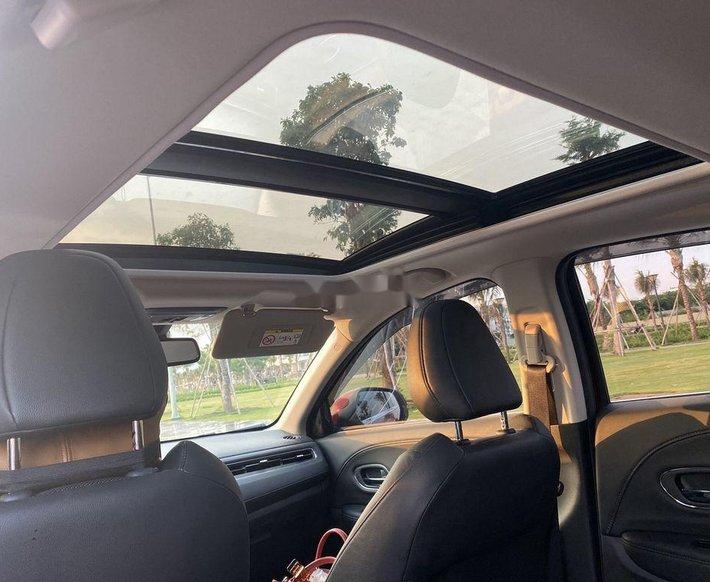 Cần bán Honda HR-V năm sản xuất 2020, xe nhập5
