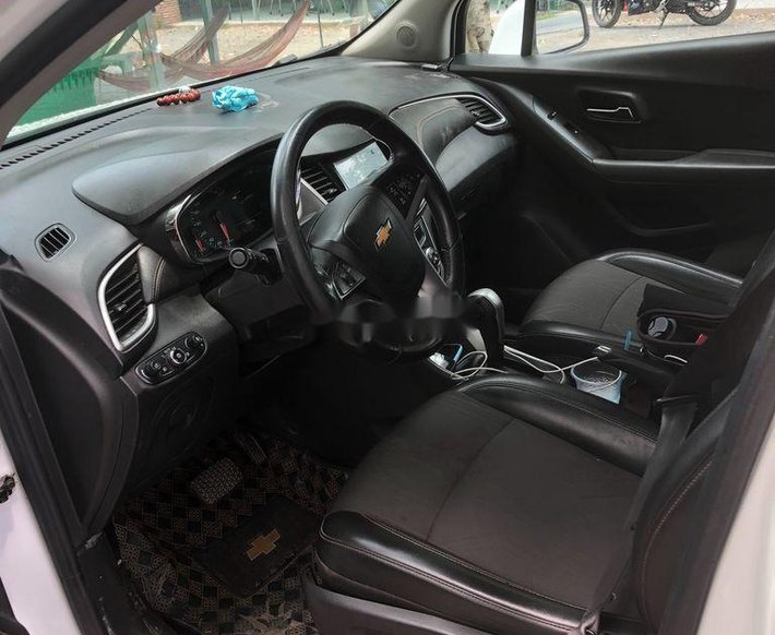 Bán Chevrolet Trax sản xuất năm 2017, màu trắng, nhập khẩu chính chủ6