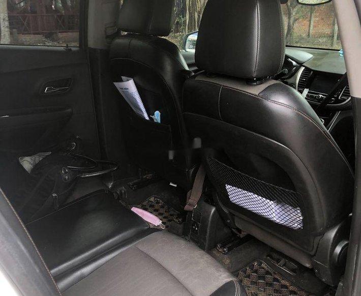 Bán Chevrolet Trax sản xuất năm 2017, màu trắng, nhập khẩu chính chủ4