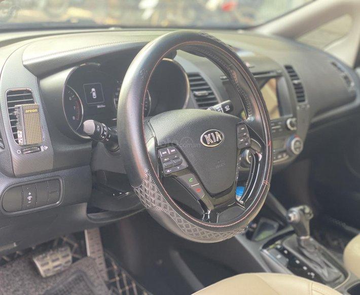 Sở hữu ngay Kia Cerato đăng ký 12/2018, 200 triệu nhận xe, hỗ trợ bank6