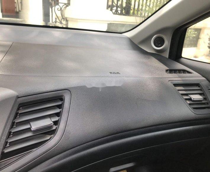 Bán Honda Civic năm 2014, màu đen chính chủ9