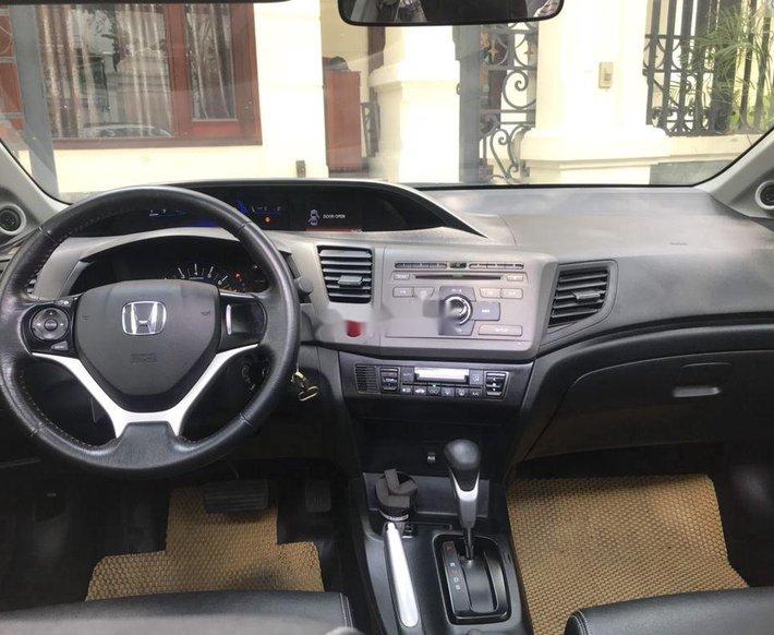 Bán Honda Civic năm 2014, màu đen chính chủ5