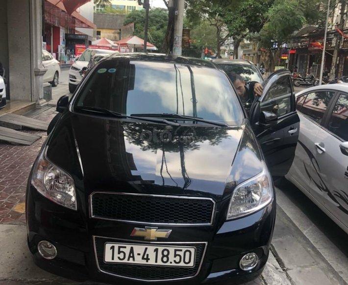 Cần bán lại xe Chevrolet Aveo sản xuất 2018, màu đen chính chủ, giá 340tr0