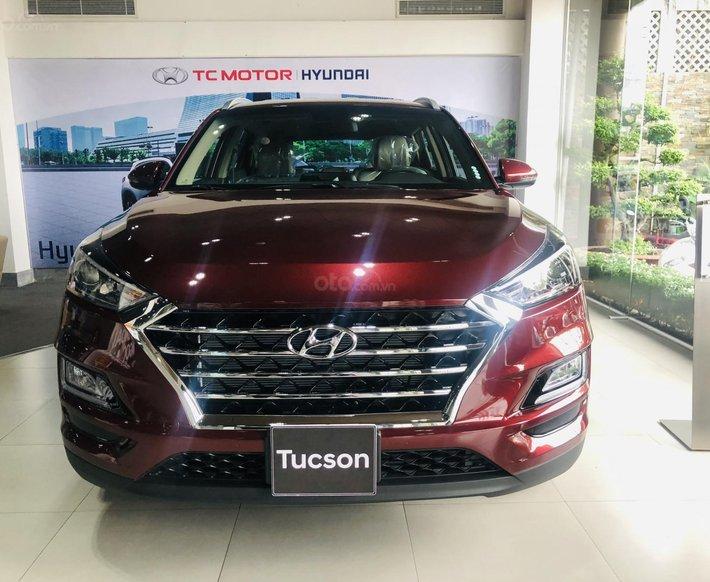 Hyundai Tucson 2.0 tiêu chuẩn 2021, giảm tiền mặt, xe đủ màu, đủ phiên bản, hỗ trợ trả góp tới 85%0