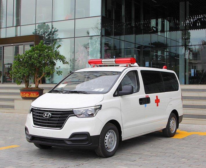 [Hyundai Thủ Đức]  Hyundai Starex cứu thương 2021 giá ưu đãi, tặng kèm phụ kiện chính hãng0