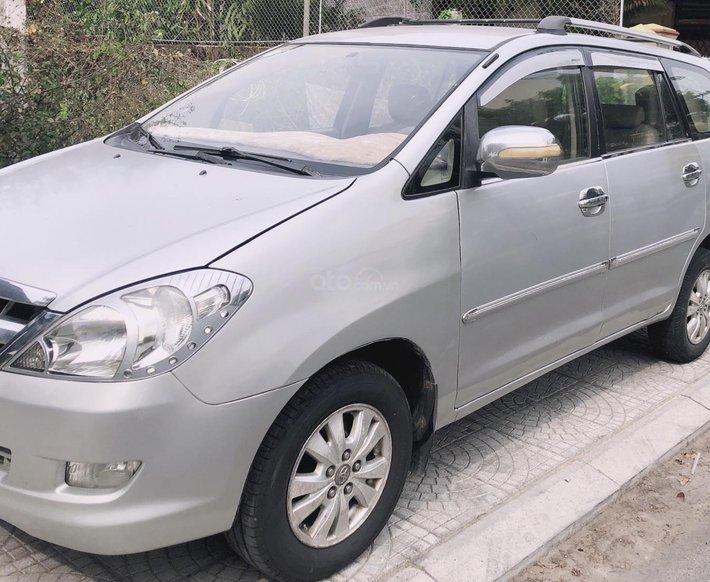 Bán xe Toyota Innova sản xuất 2007, màu bạc0
