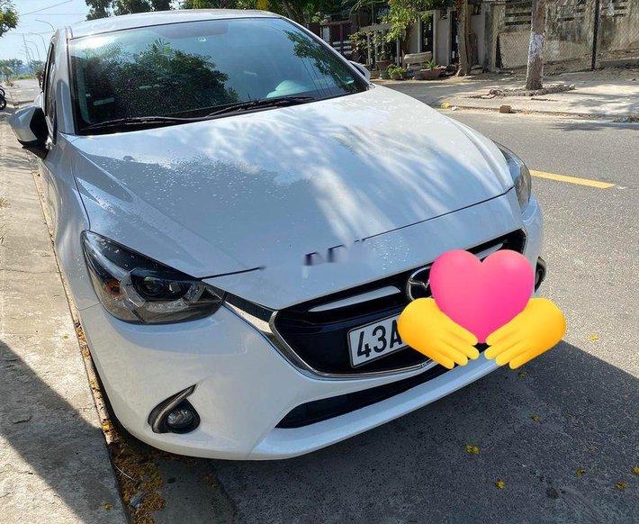 Bán Mazda 2 năm 2017, màu trắng, nhập khẩu nguyên chiếc còn mới, giá tốt0