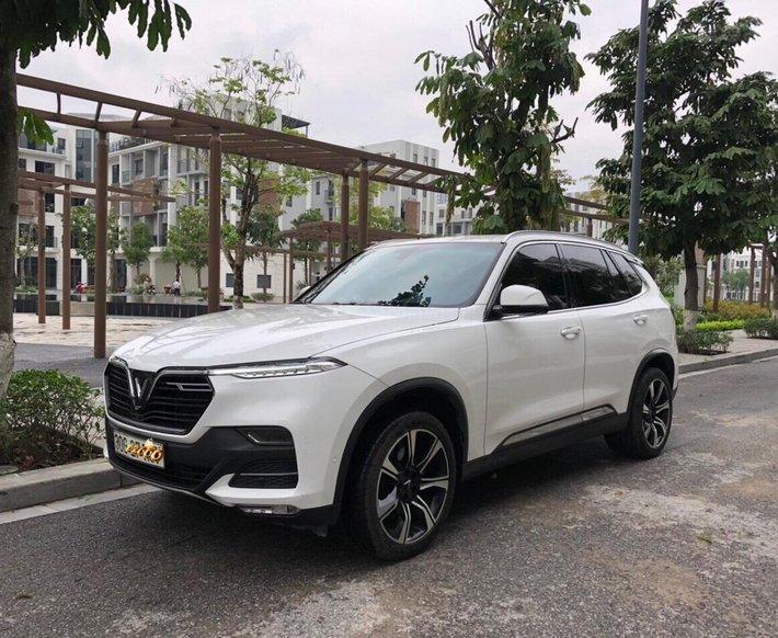 Chính chủ bán ngay VinFast LUX SA2.0 năm 2019 xe nguyên bản, giá cực rẻ0