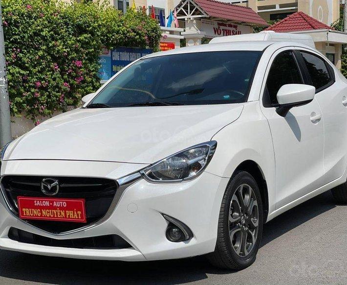 Bán Mazda 2 năm sản xuất 2017, màu trắng, 425 triệu, giá tốt0