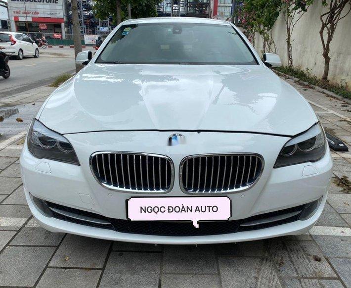 Cần bán lại xe BMW 523i sản xuất 2010, nhập khẩu0