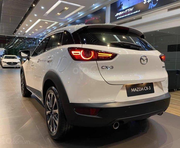 Mazda CX3 khuyến mãi khủng tiền mặt, hỗ trợ trả góp, giao xe ngay có nhiều màu0