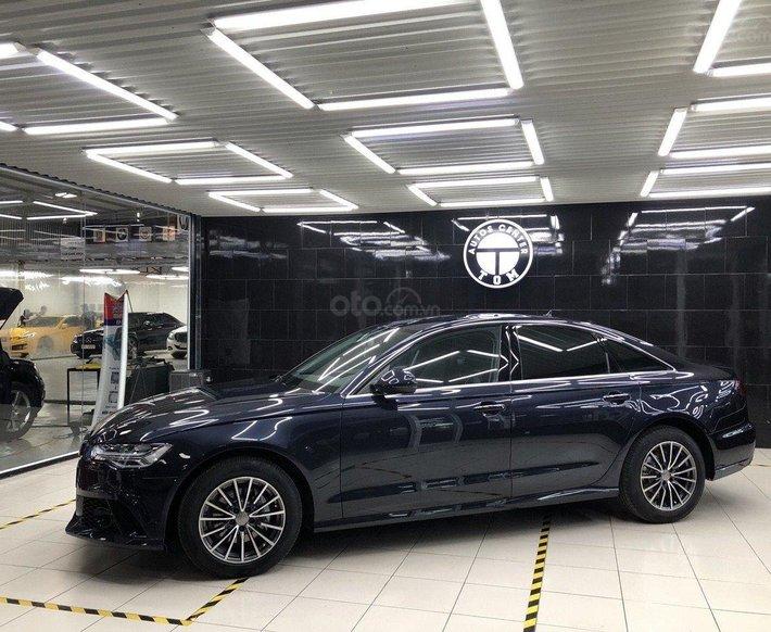 Bán Audi A6 sản xuất 2015, màu đen0