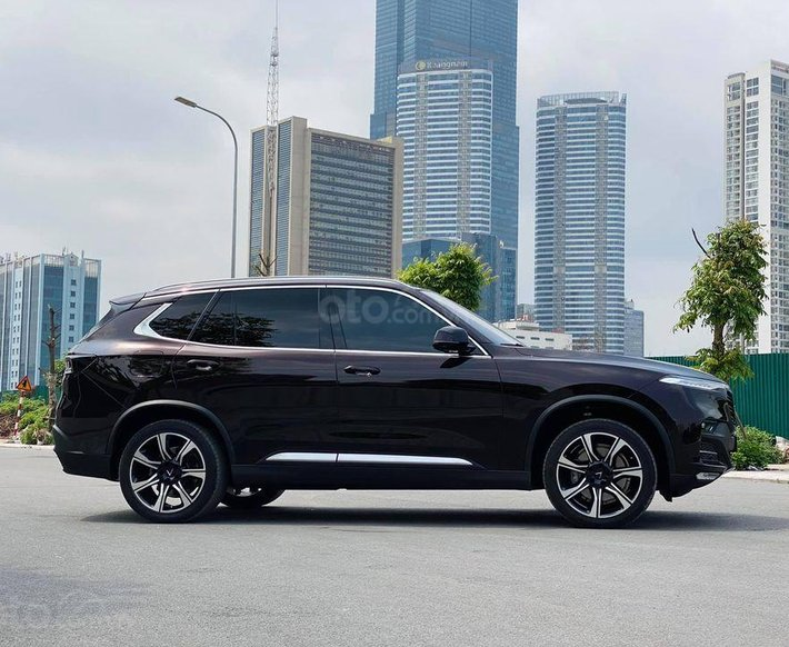Cần bán lại xe VinFast LUX SA2.0 năm 2020, màu đen0
