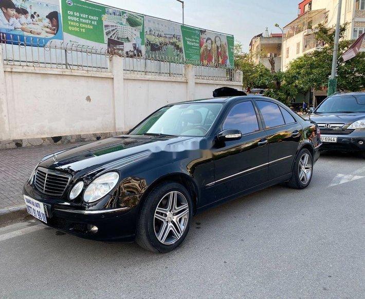 Cần bán lại xe Mercedes E280 2006, màu đen, nhập khẩu còn mới0