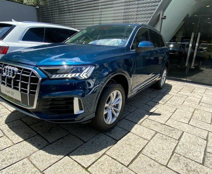 [Audi TP.HCM] New Audi Q7 2021, hỗ trợ bank, giao xe ngay tại nhà kèm ưu đãi lớn0