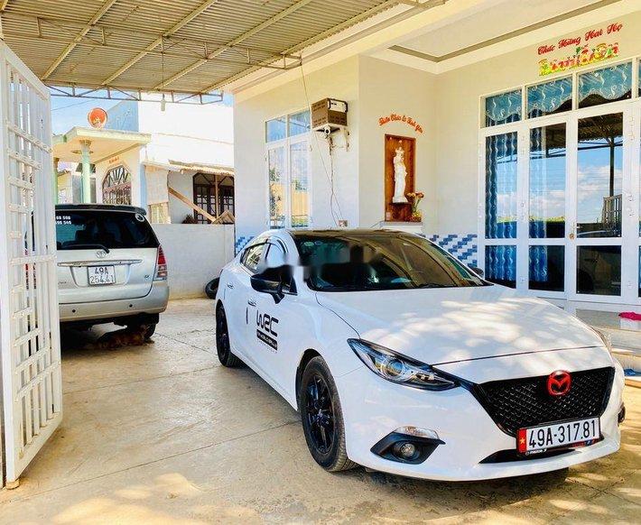 Bán xe Mazda 3 sản xuất 2016, màu trắng, nhập khẩu, 499 triệu0
