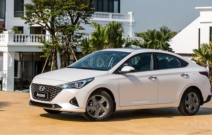 Hyundai Accent khuyến mãi khủng trong tháng0