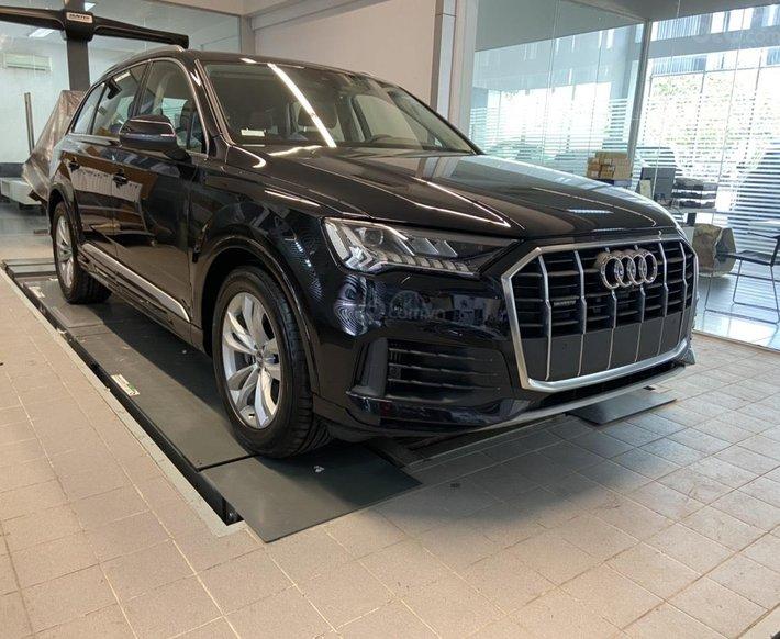 Audi Q7 2021 ưu đãi lớn, hỗ trợ bank lãi suất ưu đãi, thủ tục nhanh gọn, giao xe tận nhà0