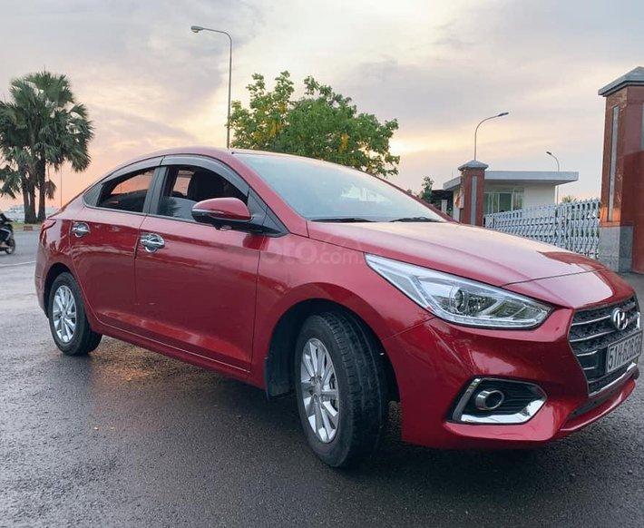 Bán Hyundai Accent sản xuất 2019, màu đỏ0