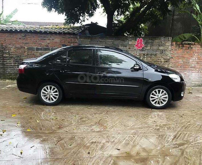 Bán Toyota Vios năm 2011, màu đen còn mới, giá 350tr0