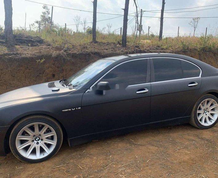 Cần bán xe BMW 745i năm sản xuất 2004, màu đen, nhập khẩu còn mới0