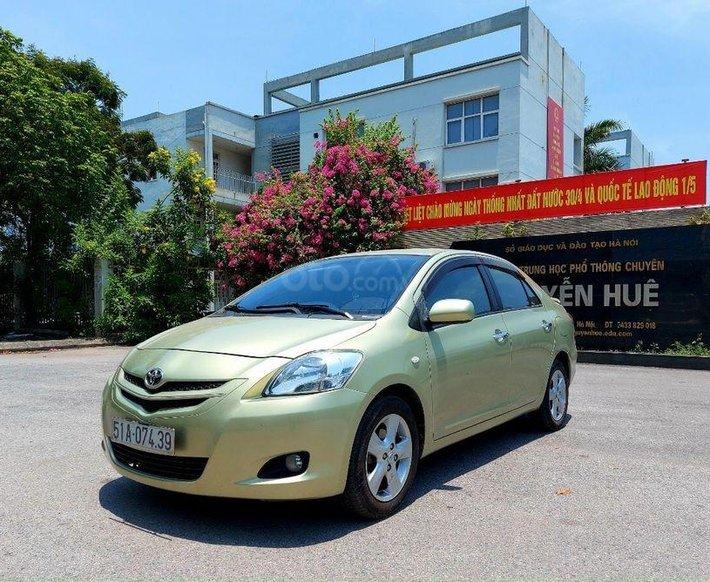 Bán xe Toyota Yaris sản xuất năm 2006, màu vàng chanh, nhập khẩu chính chủ0