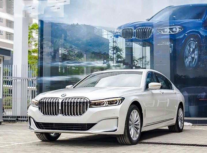 Cần bán xe BMW 740Li sản xuất 2020, màu trắng, nhập khẩu nguyên chiếc0