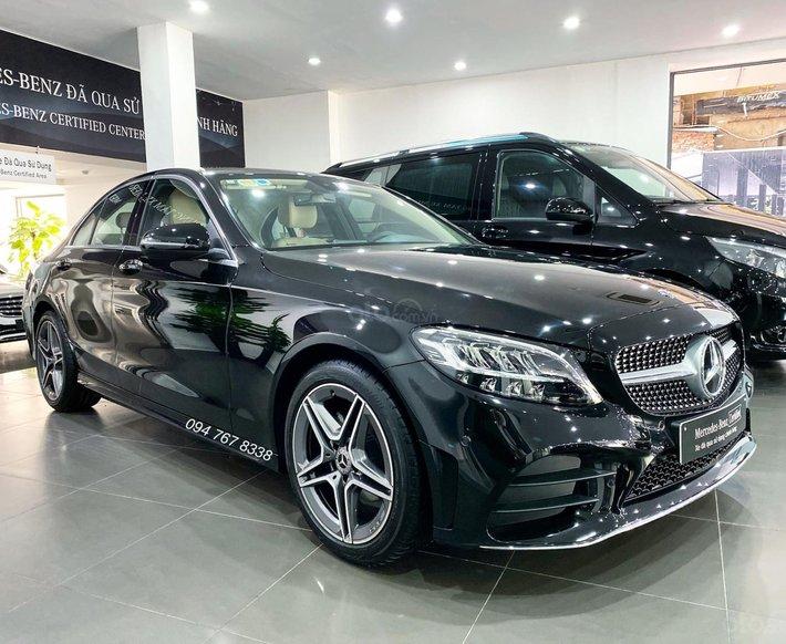 Bán xe Mercedes C180 AMG 2021 siêu lướt, chạy 2000km mới 99.9%, xe đã qua sử dụng chính hãng, giá cực tốt0