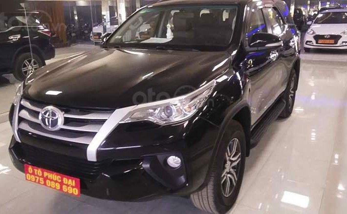 Cần bán xe Toyota Fortuner 2.4G 4x2 MT năm sản xuất 2018, màu đen, nhập khẩu nguyên chiếc còn mới0