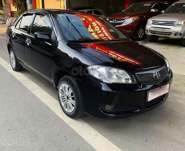 Bán Toyota Vios 1.5 MT đời 2005, màu đen số sàn, giá tốt0