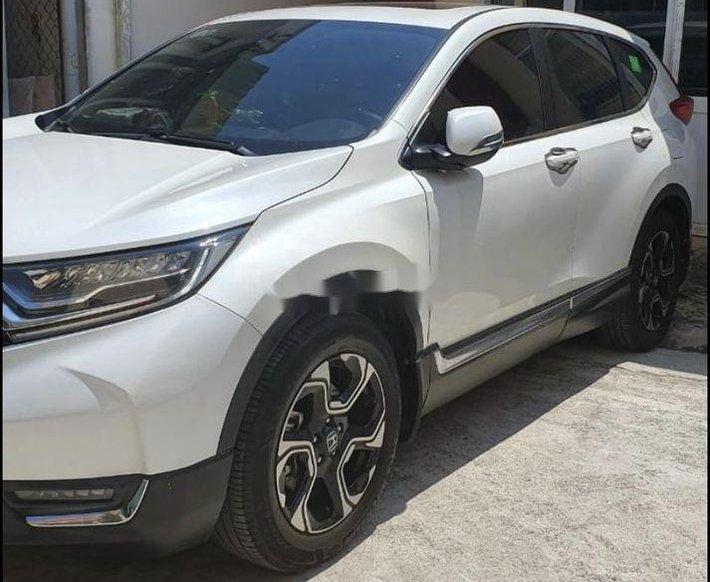 Bán Honda CR V 2018, màu trắng, nhập khẩu nguyên chiếc0
