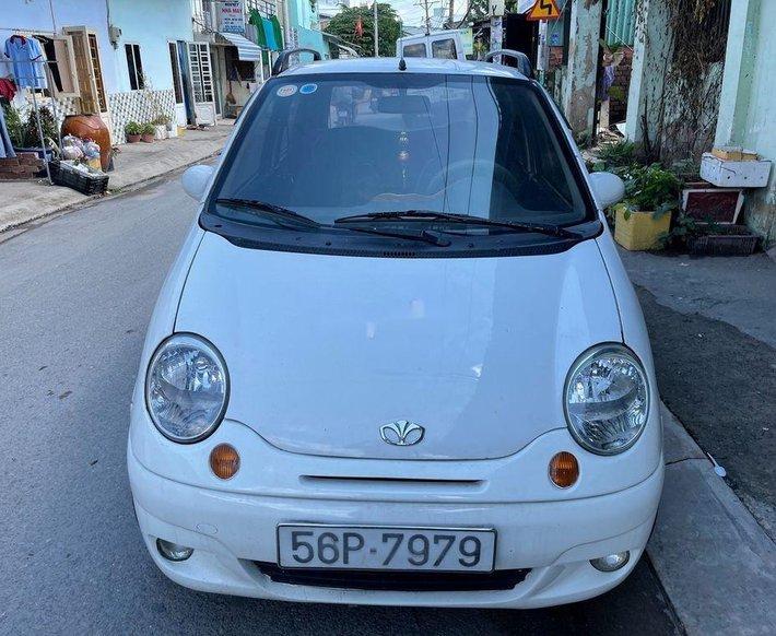 Bán ô tô Daewoo Matiz SE đời 2004, màu trắng0