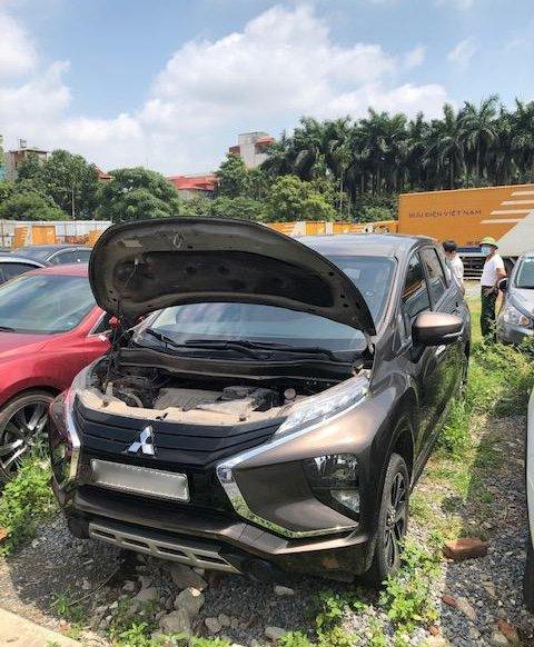Ngân hàng bán xe Mitsubishi Xpander, số sàn năm sản xuất 2019, giá tốt0