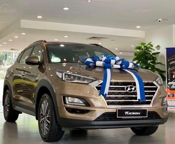 [Hyundai Gia Định] Bán Hyundai Tucson đặc biệt - giảm 16 triệu - tặng full phụ kiện - có đủ màu - giao xe toàn quốc0