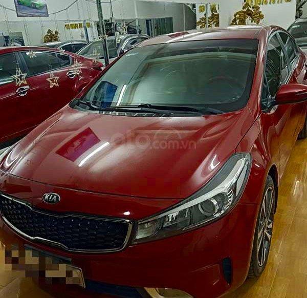 Bán ô tô Kia Cerato năm sản xuất 2018, màu đỏ còn mới giá cạnh tranh0