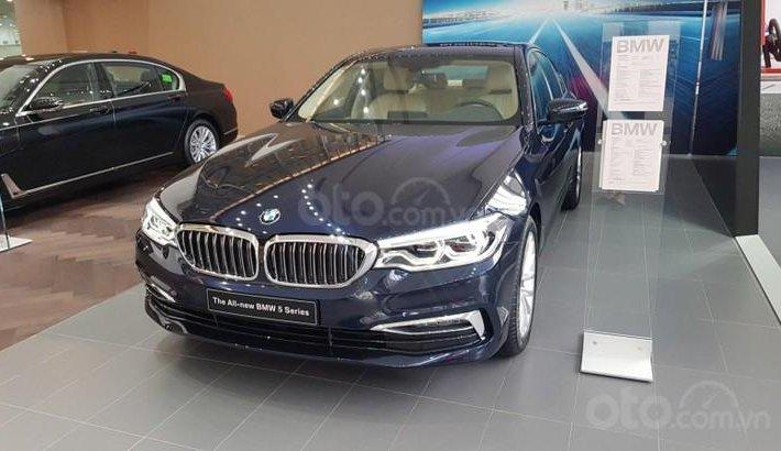 BMW 530i 2021, mẫu sedan bán chạy nhất của BMW, xe sẵn giao ngay toàn quốc, liên hệ để nhận ưu đãi0