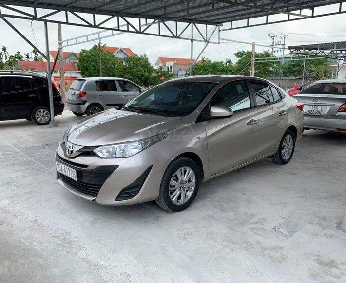 Bán Toyota Vios 1.5 năm 2018, màu bạc chính chủ giá cạnh tranh0