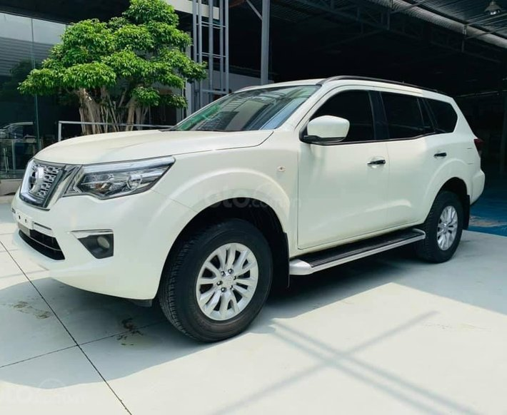 Cần bán Nissan Terra 2.5 MT sản xuất 2018, màu trắng số sàn0