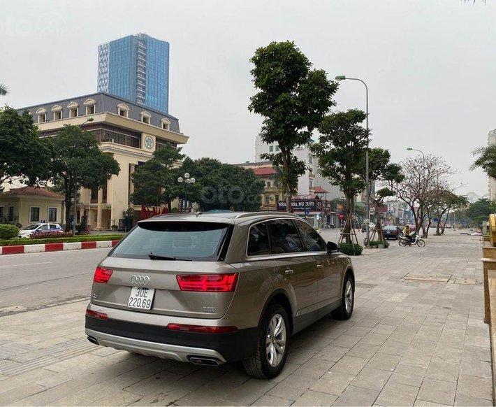 Bán Audi Q7 đời 2017, màu nâu, xe nhập0