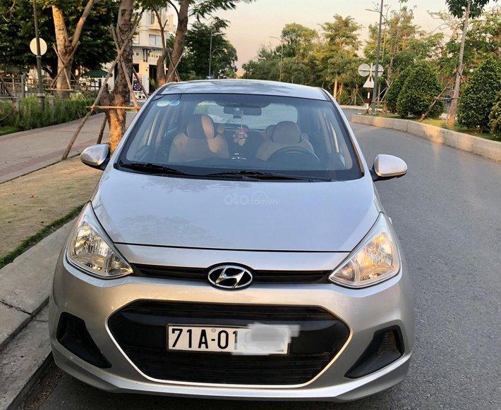 Cần bán con xe Hyundai Grand i10 số sàn0
