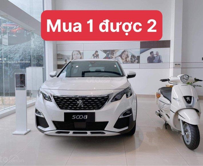Chương trình ưu đãi mua 1 xe ô tô Peugeot 5008 tặng 1 xe máy0