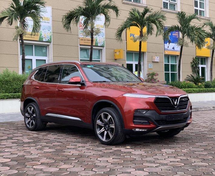 Bán nhanh chiếc Lux SA 2.0 Premium cao cấp sản xuất 20190