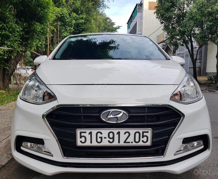 Cần bán xe Hyundai Grand i10 1.2L sản xuất 2019 auto, bản full, gia đình sử dụng mới 99%0