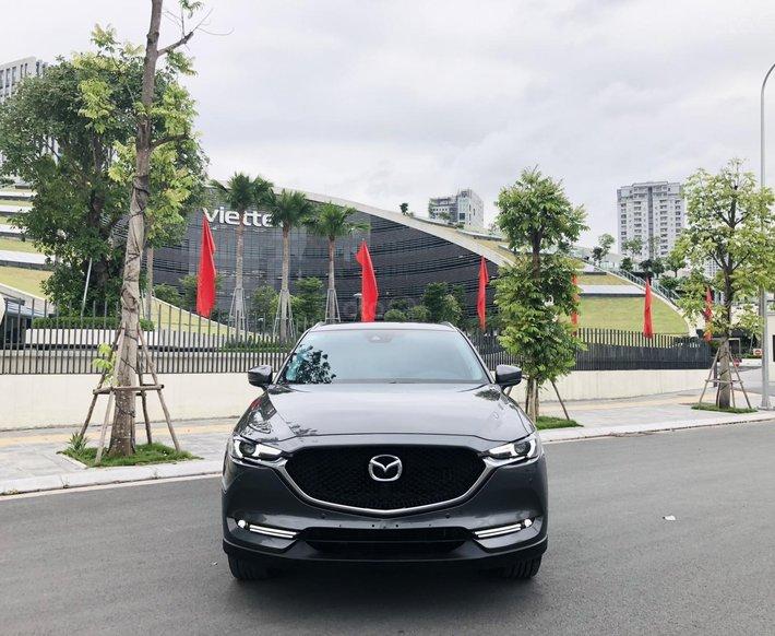 Cần bán xe Mazda CX 5 sản xuất 2020, siêu lướt, giá siêu tốt, xe siêu mượt0